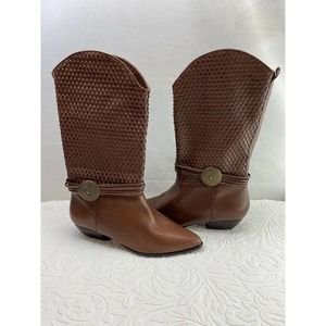 Chestnut Brown Cognac Pointed Toe Boots Size 7